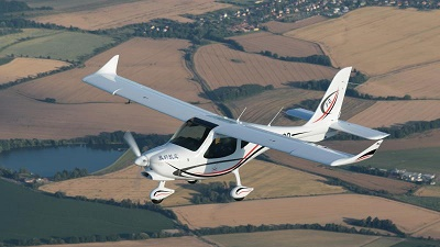 Flight Design选择Hexcel的HexPly M79碳纤维预浸料用于超轻型飞机