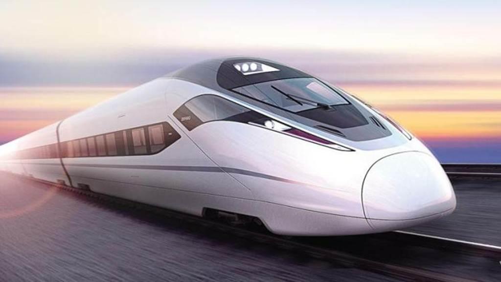 中国铁路营业里程超14万公里 7月份完成固定资产投资671亿元