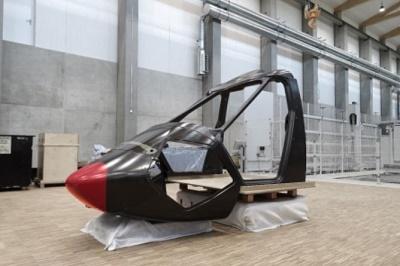 """洁净天空""""2计划完成""""高速低成本直升机""""碳纤维机盖结构制造"""