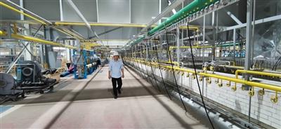 宏和科技生产出世界最薄玻纤布